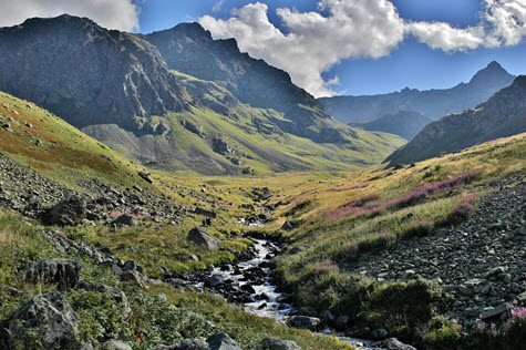 Trekking The Pontic Alps